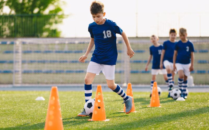 How to plan soccer training for children